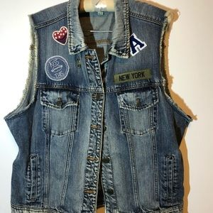 American Eagle Outfitters Jackets & Coats - American Eagle denim jean vest - XL